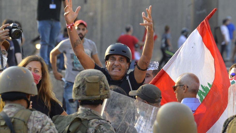 لم تتوقف المظاهرات في لبنان منذ أشهر احتجاجا على الأزمة الاقتصادية والسياسية