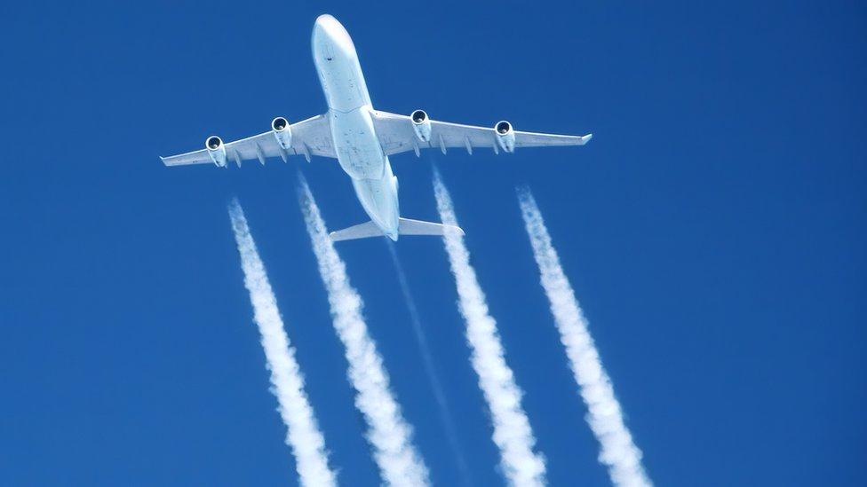 Lo que las estelas de los aviones están haciendo a nuestro planeta (y no  tiene que ver con teorías de la conspiración) - BBC News Mundo