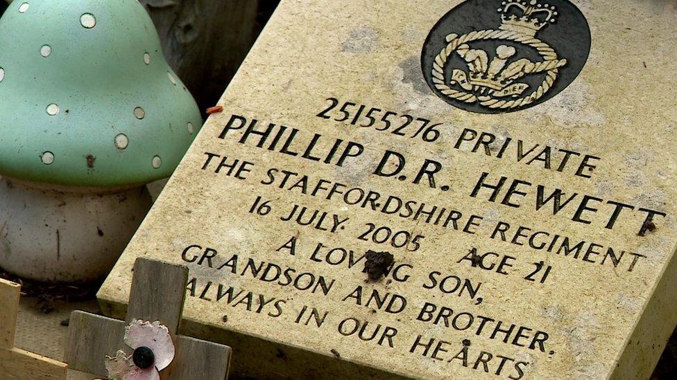 Philip Hewett's grave stone
