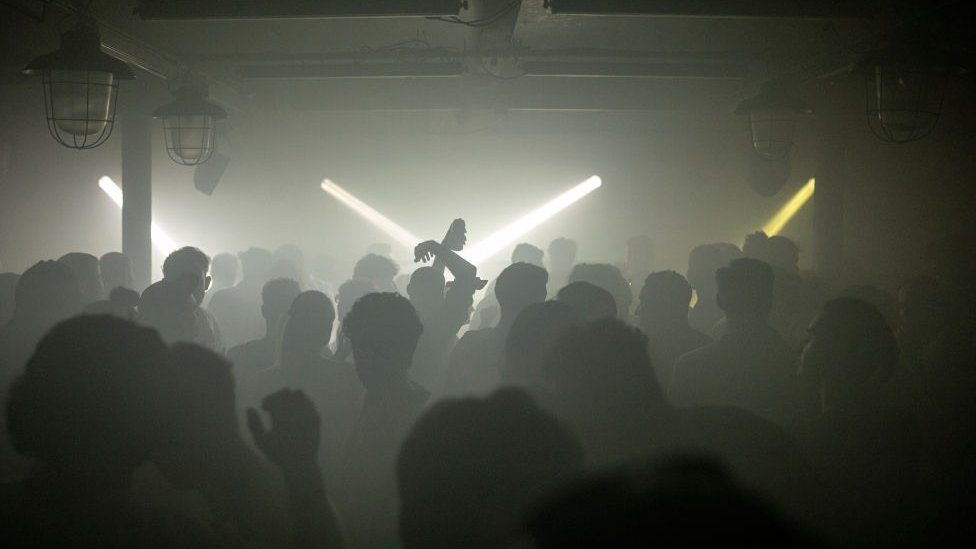 Interior del club nocturno Egg en el centro de Londres.
