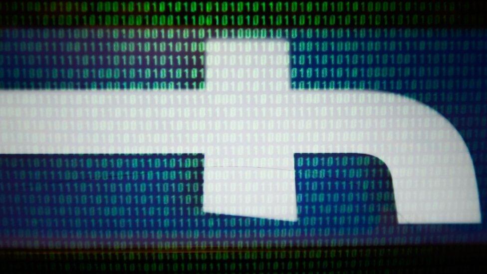 Deonice Fejsbuka su pretpele pad nakon što su razni skandali ugrozili reputaciju ove firme