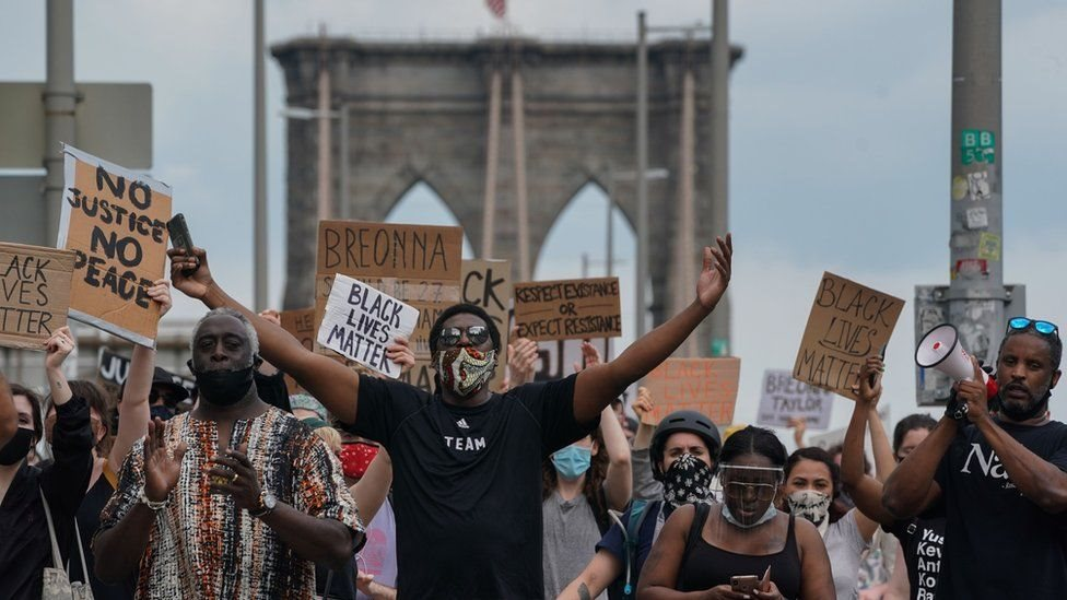 Una protesta en contra del racismo en Estados Unidos