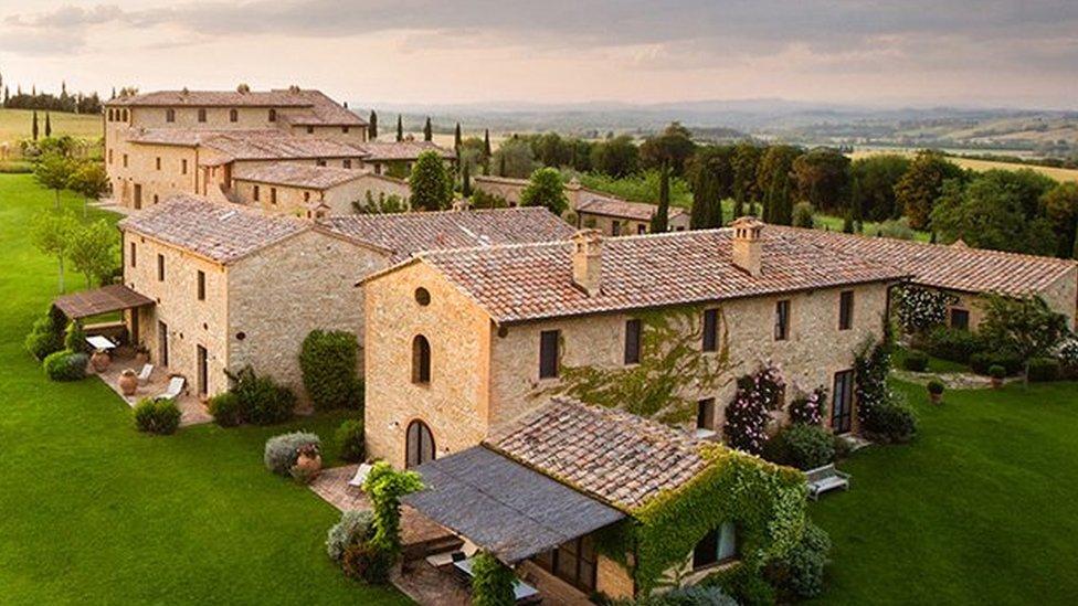इटली का वो गांव जहां अनुष्का के हुए विराट