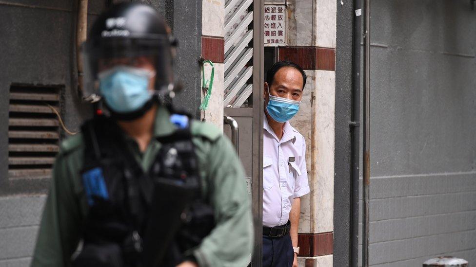 Muchos están preocupados por lo que la nueva ley pueda significar para los hongkoneses.