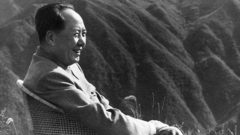 毛澤東生前酷愛書法和古典詩詞。