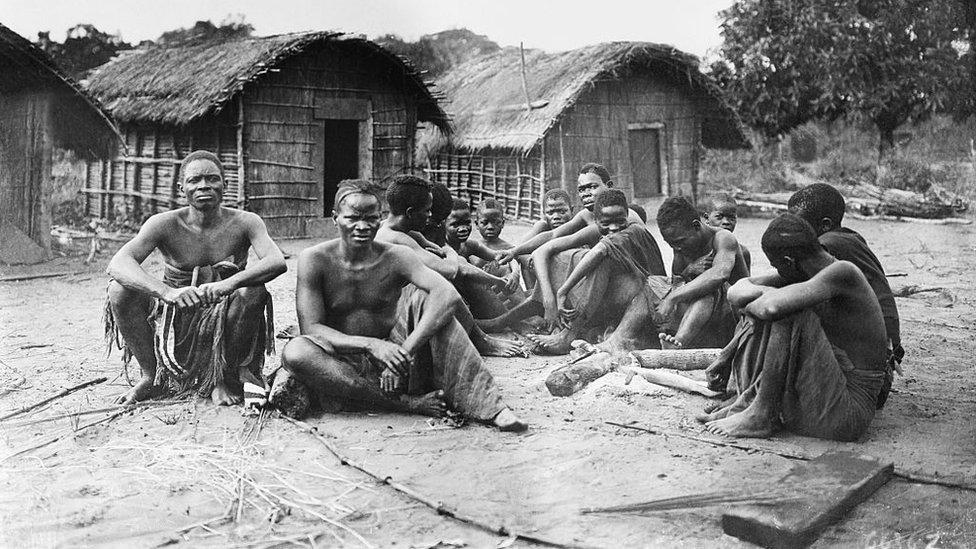 Poco antes de morir, Leopoldo II entregó a Bélgica la administración de los territorios en el Congo.