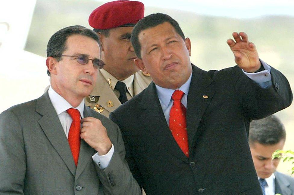 Uribe con Chávez