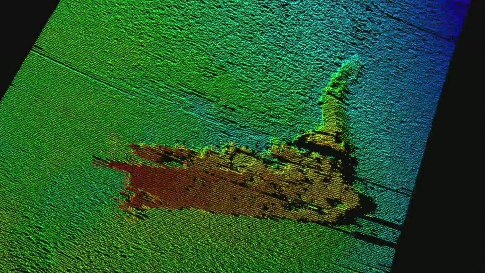 Submarine picture of Nessie prop