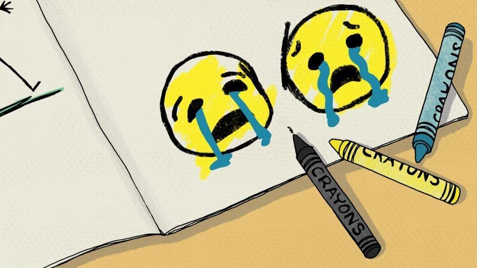 Una de las mamás de la escuela envió un video al grupo de WhatsApp, acompañado de dos emoticones de caras llorando.