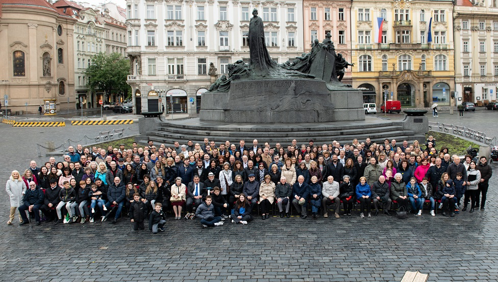 The 2019 photo of the family in Prague