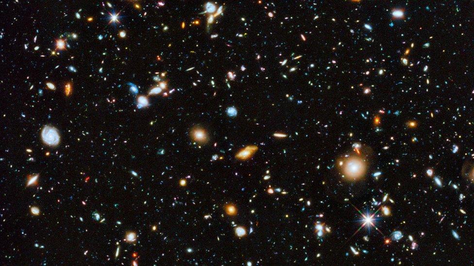 Los Campos Profundos del Hubble