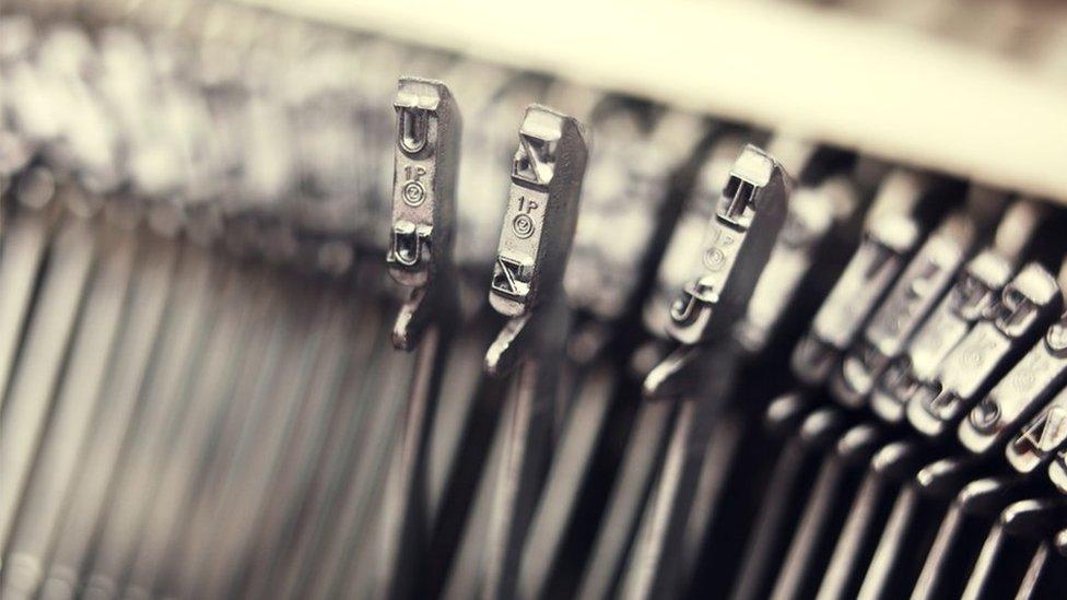 Palancas de máquina de escribir
