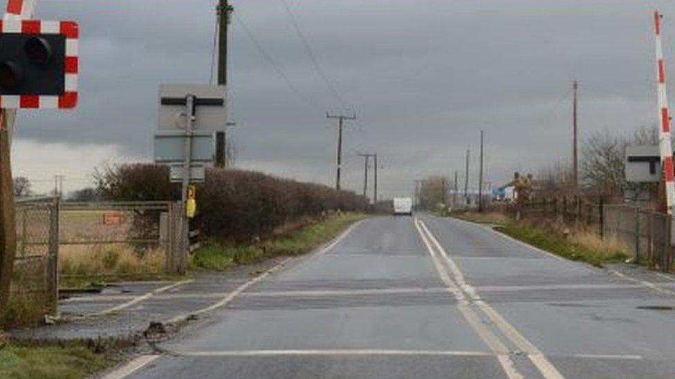 Barriers raised at Doncaster crash level crossing says report