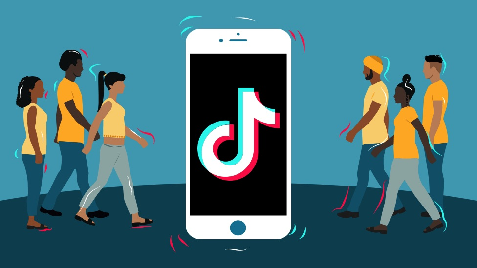 TikTok: How would the US go about banning the Chinese app? - BBC News