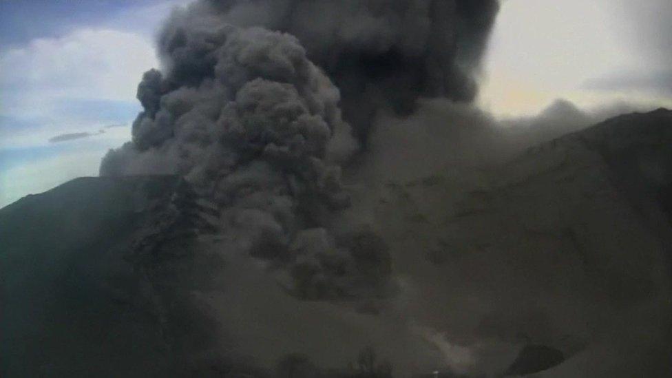 Dramatic Eruption Of Costa Ricas Turrialba Volcano