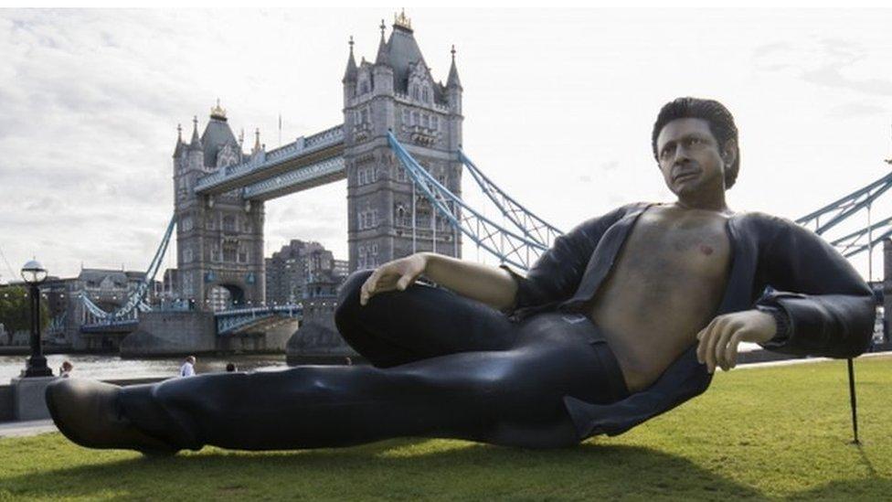 Jeff Goldblum statue marks 25 years of Jurassic Park