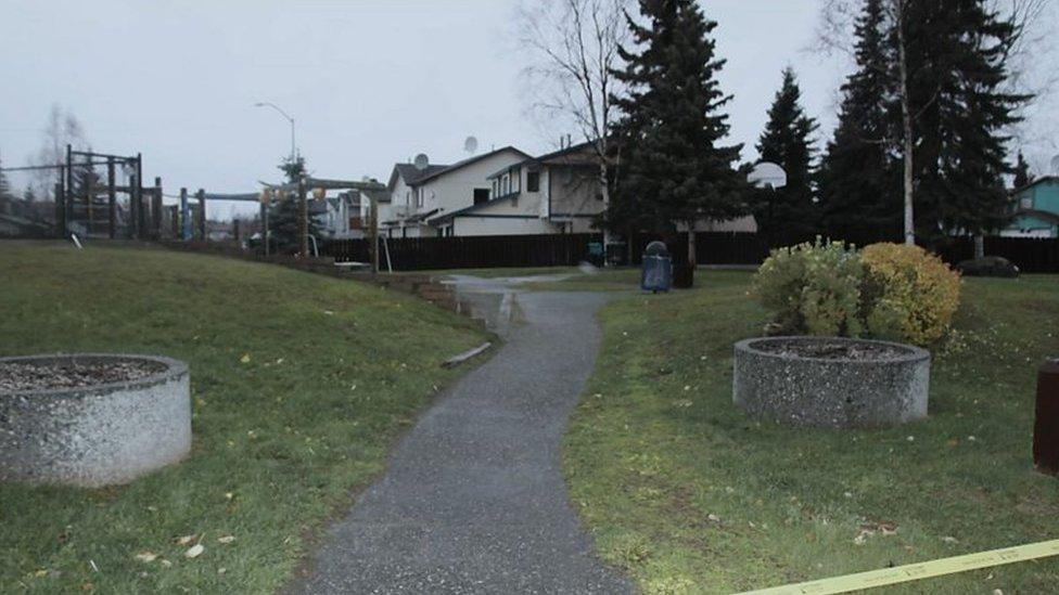 El parque en Eagle River, Alaska, donde se encontró el cuerpo de una niña en 2013