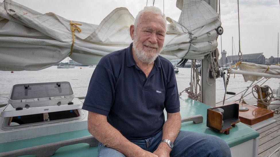 Sailor Sir Robin Knox-Johnston had appendicitis on world voyage