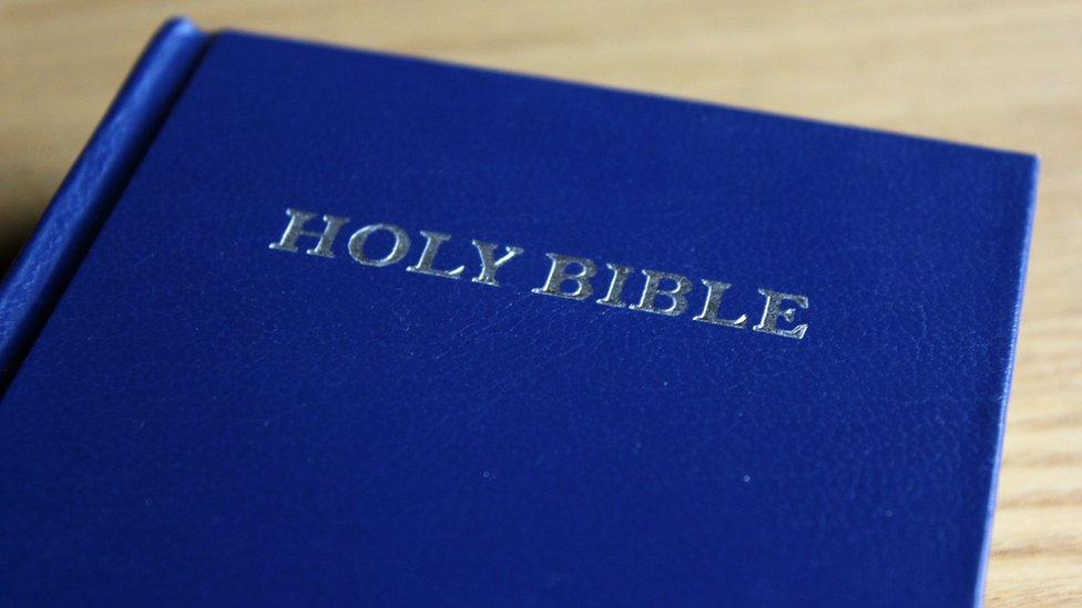 Ilustrasi Alkitab