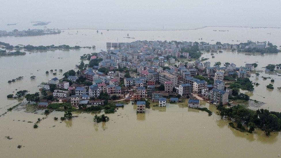 長江中下游的鄱陽湖洪災嚴重