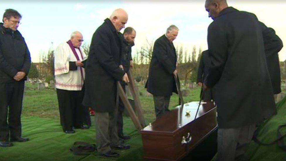 A public health funeral