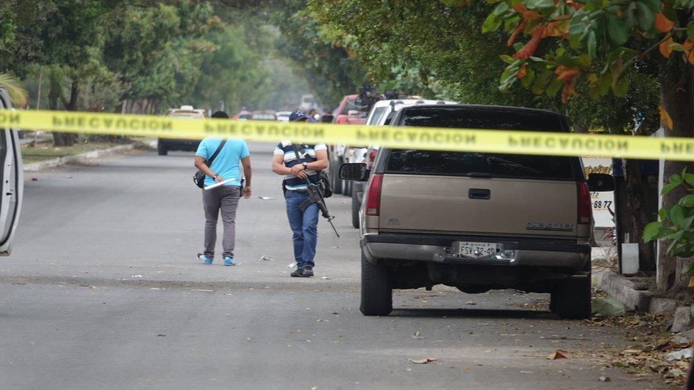 Escena de un crimen en Tecomán.