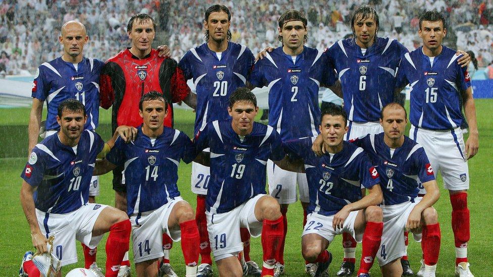 Reprezentacija Srbije i Crne Gore na meču protiv Obale Slonovače