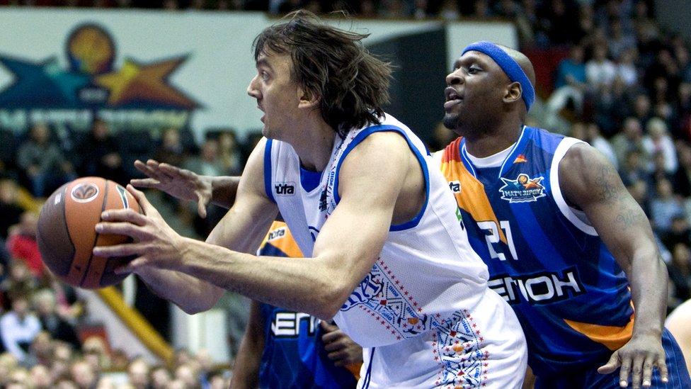 Помер легендарний український баскетболіст Хижняк