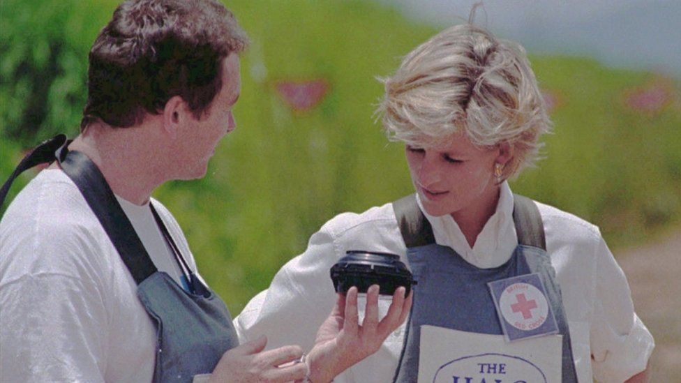 Princess Diana speaks to a mine-clearing expert in 1997