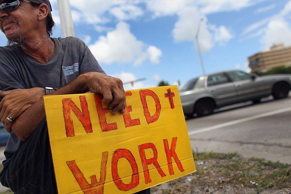 ABD'de son bir ay içerisinde 22 milyon kişi işsizlik maaşına başvuru yaptı. Bu sayı, ABD işgücünün 8'de birine tekabül ediyor.