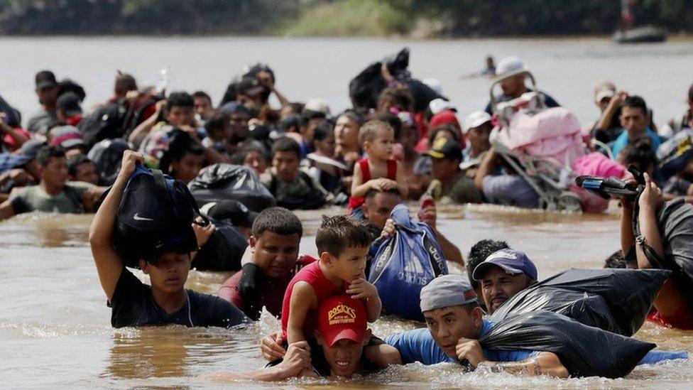 Migranti u vodi
