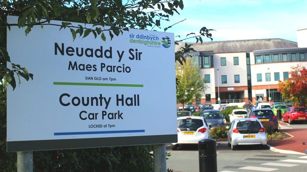Denbighshire council branded 'retirement club' over meeting times