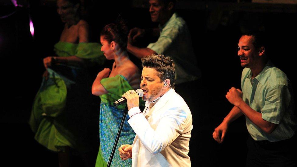 Luis Enrique en concierto