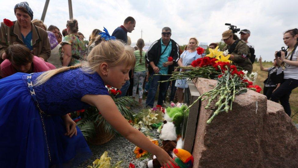 Tugu peringatan korban Malaysian Airlines MH17 di Donetsk, Ukraina, yang jatuh pada 17 Juli 2014.