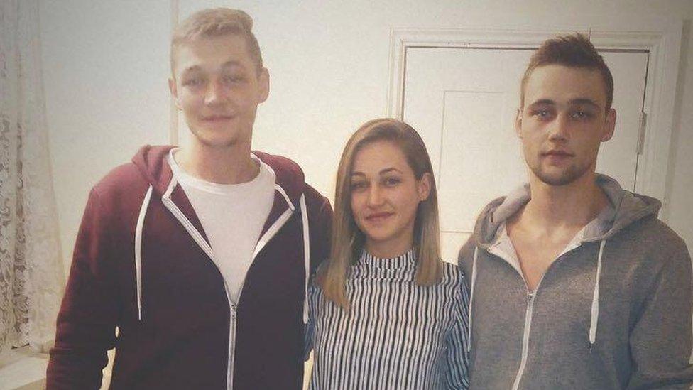 Beniamin Pieknyi, Mihael Pieknyi and Iulia Pieknyi