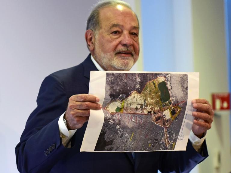 Para Carlos Slim, el aeropuerto de Ciudad de México tendrá un impacto comparable al Canal de Panamá.