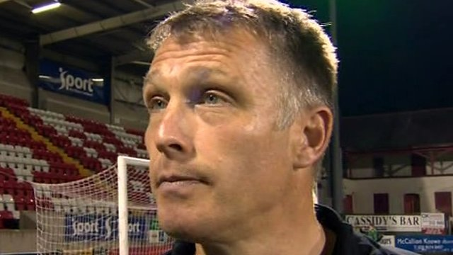 Glentoran manager Alan Kernaghan