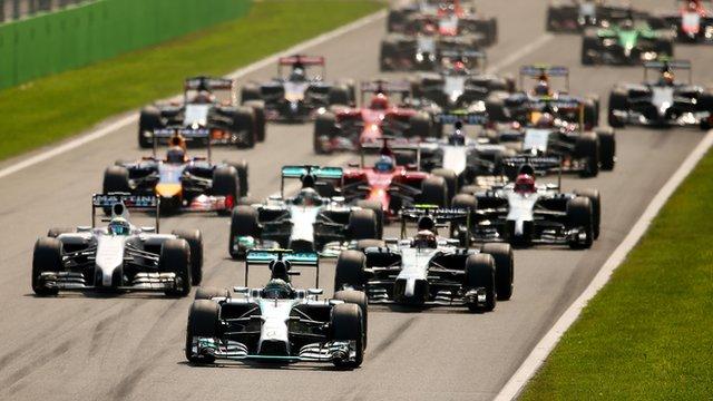 Nico Rosberg leads the field at the the 2014 Italian Grand Prix