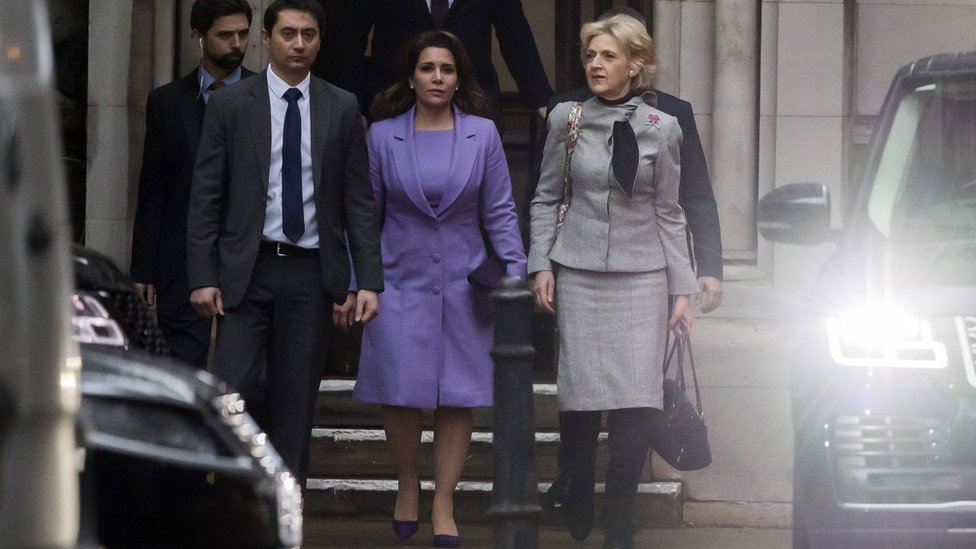 Princess Haya Bint Al-Hussein leaves the High Court in London with her lawyer, Baroness Fiona Shackleton (R), on 28 February 2020