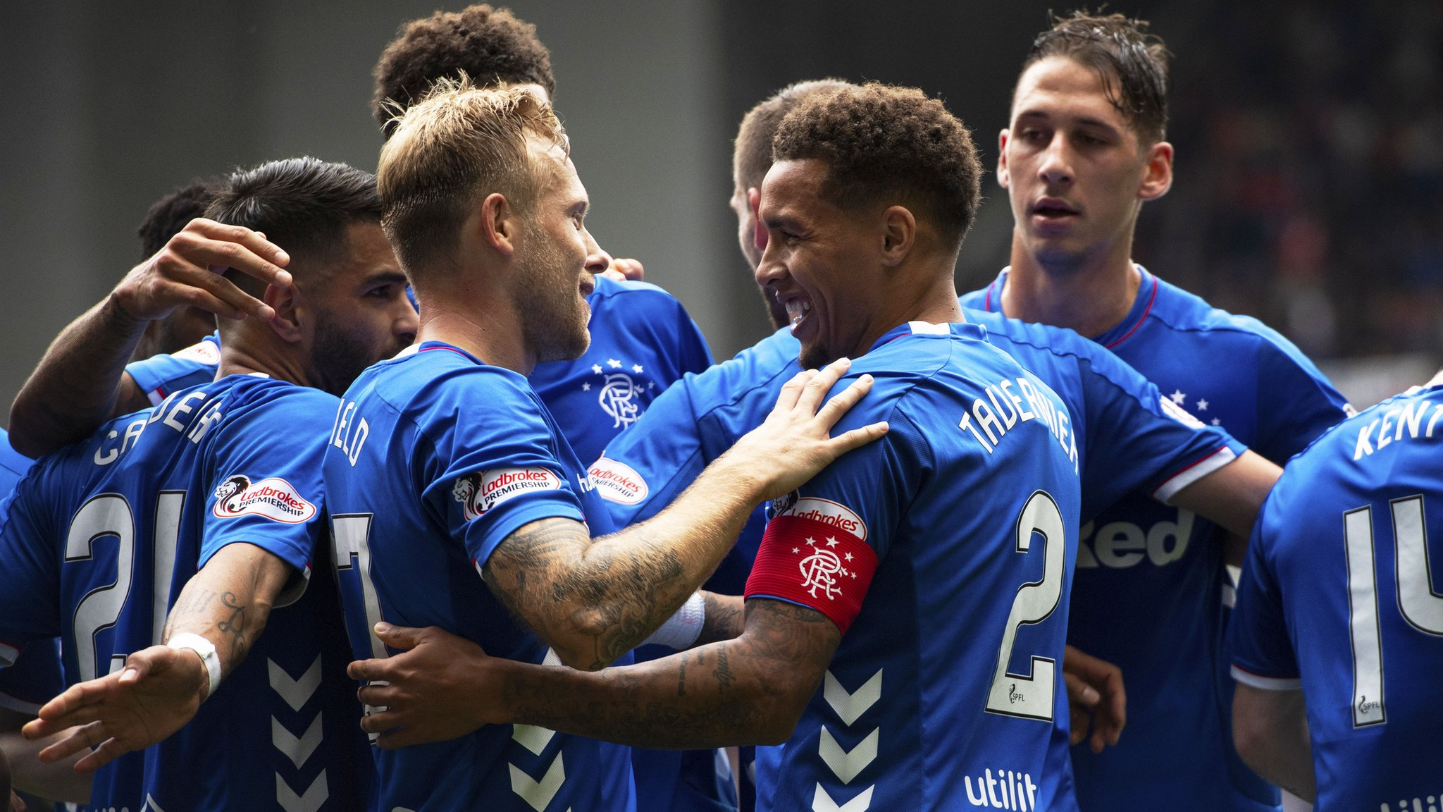 Kenny Miller sent off as Rangers trounce Dundee 4-0