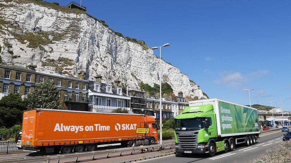 Lorries approaching the Port of Dover