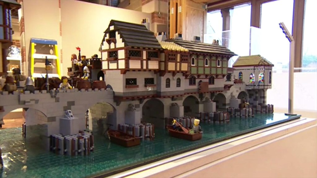 World landmarks recreated with Lego