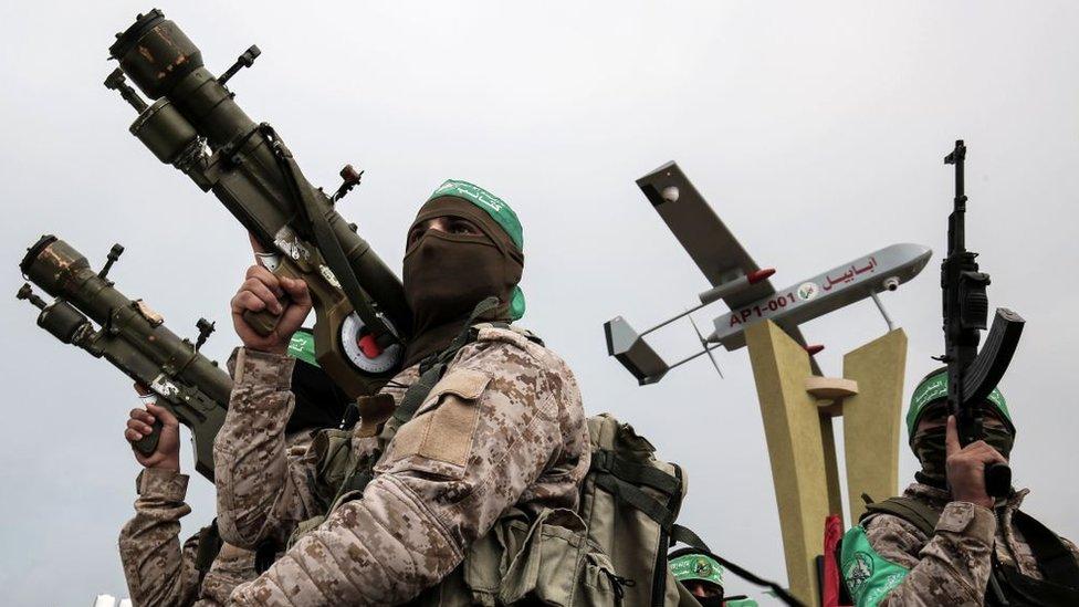 2017年1月,哈馬斯軍事分支卡薩姆旅的成員在加沙南部城市拉法參加紀念活動。