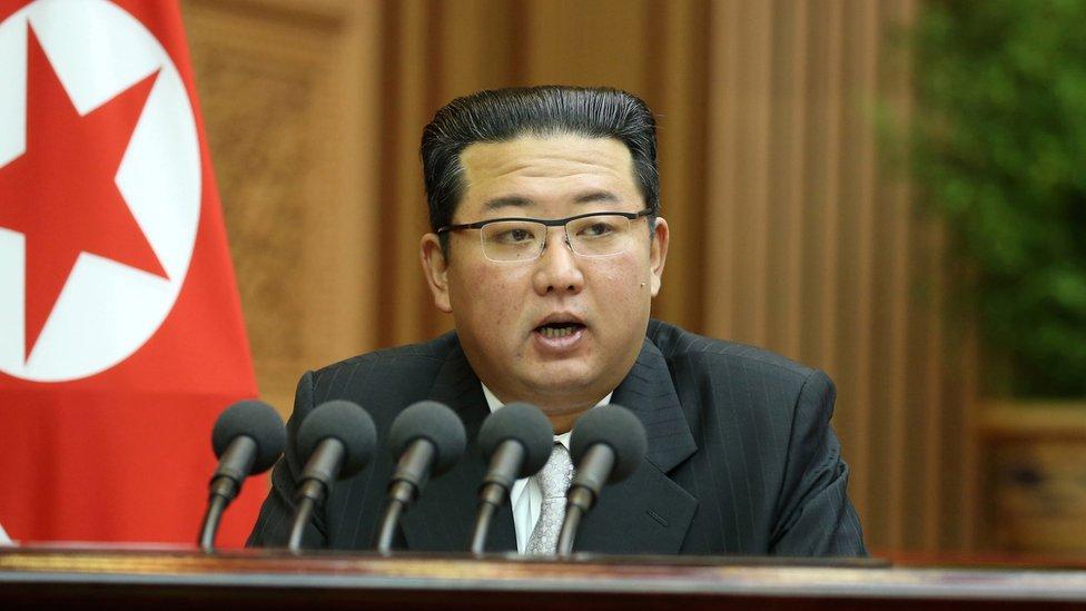 Kuzey Kore lideri Kim Jong-un, Yüksek Halk Meclisi'nin yıllık oturumunda konuştu.