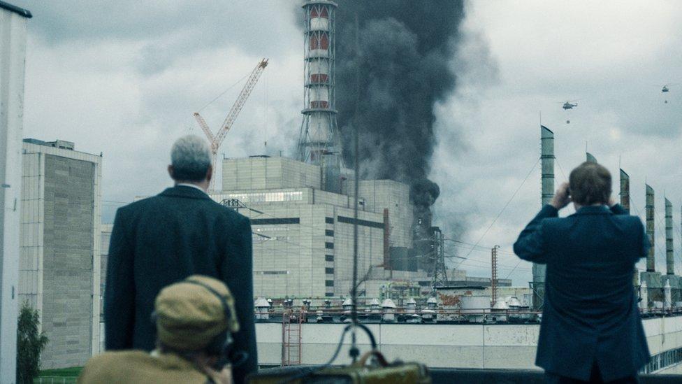 لقطة من مسلسل تشرنوبيل التلفزيوني