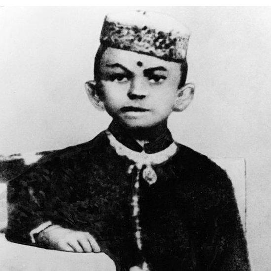7歲時的甘地,生活在印度北部的土邦——博爾本德爾。