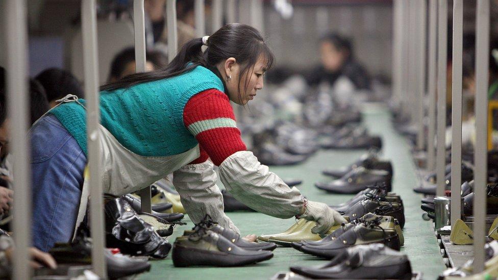 Žena u fabrici u Kini