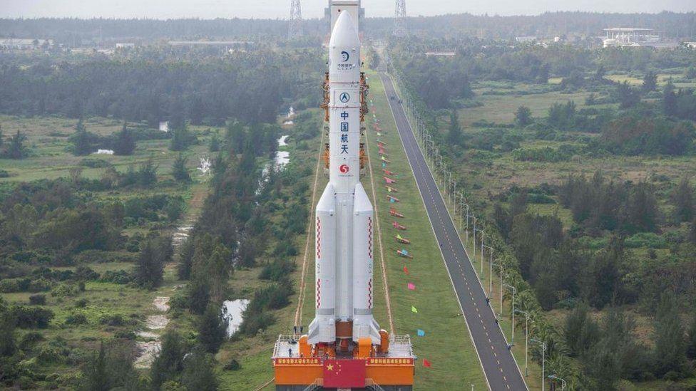 يحمل المسبار الصيني صاروخ من طراز لونغ مارش5
