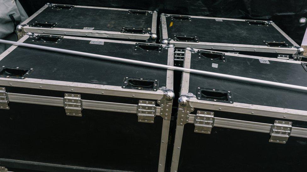 Music equipment box