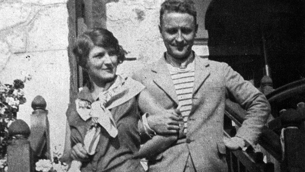 El escritor estadounidense Francis Scott Fitzgerald y su esposa Zelda Sayre en 1926